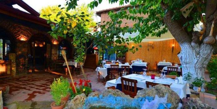 tarihi köy restoran