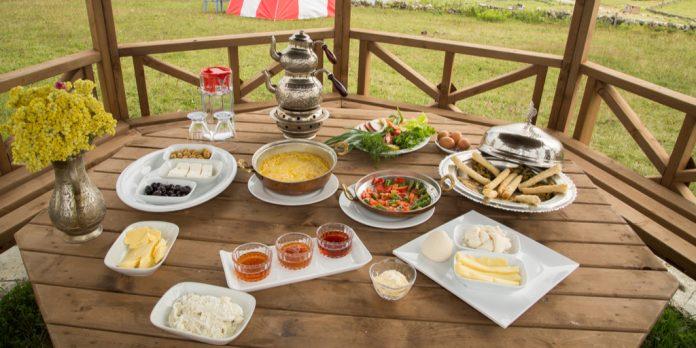 Trabzon kahvaltısı