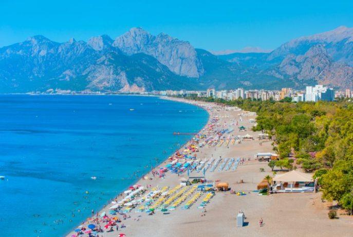 Konyaaltı Halk Plajı