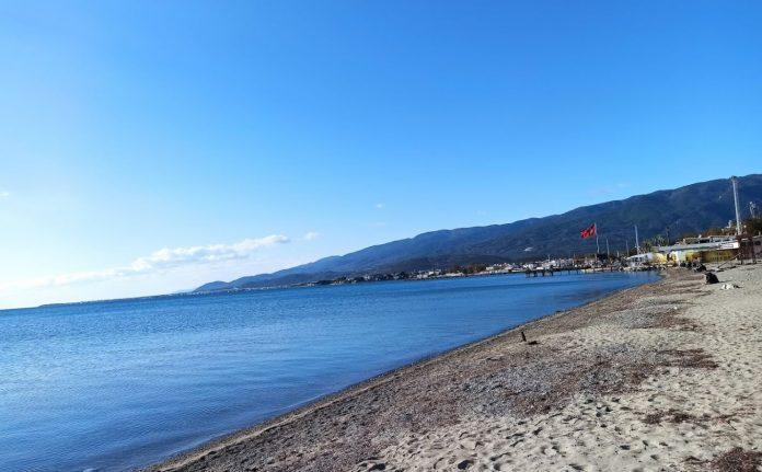 Akçay Sahil Plajı