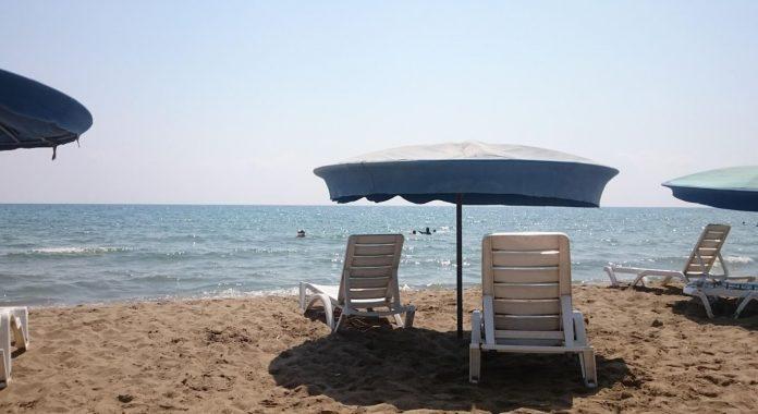 Atayurt Plajı