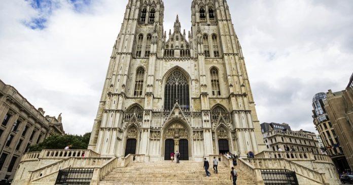 aziz michael ve aziz guruda katedrali
