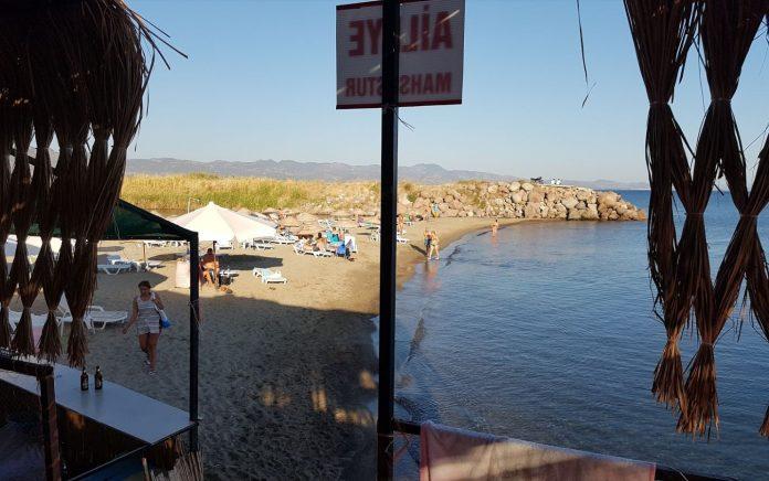 Belmot Beach Cafe