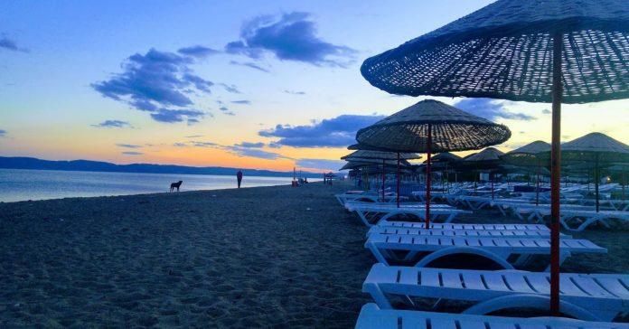Copacabana Sarımsaklı Plajı