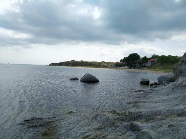 Kavaleros Koyu Plajı