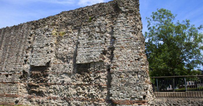 Londra Roma Duvarı