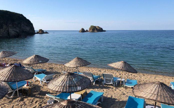 Manastır Beach
