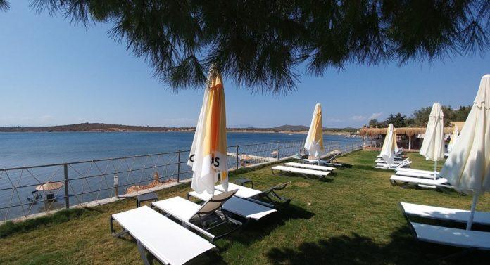 Mola Beach Club