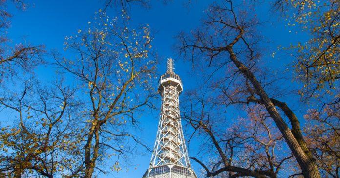 petrin gözetleme kulesi
