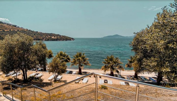 Oba Beach & Restaurant