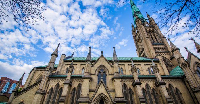 aziz james katedrali