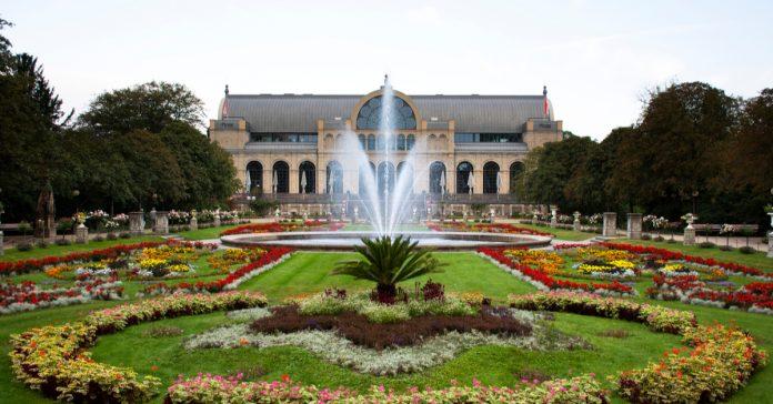 flora ve botanik bahçesi