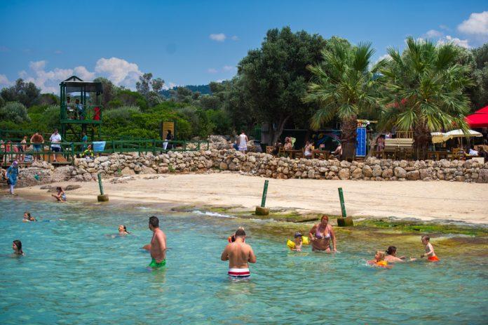Kleopatra Plajı (Sedir Adası)
