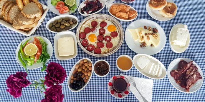 serpme türk kahvaltısı