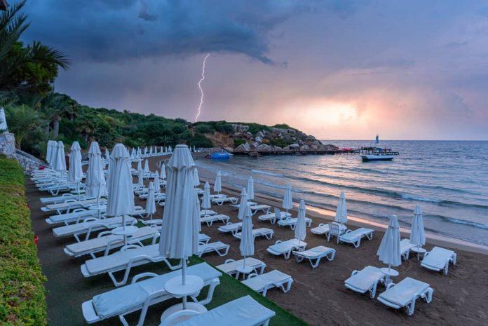 Denizkızı Beach & Hotel