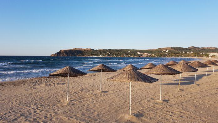 Esence Eşkel Plajı