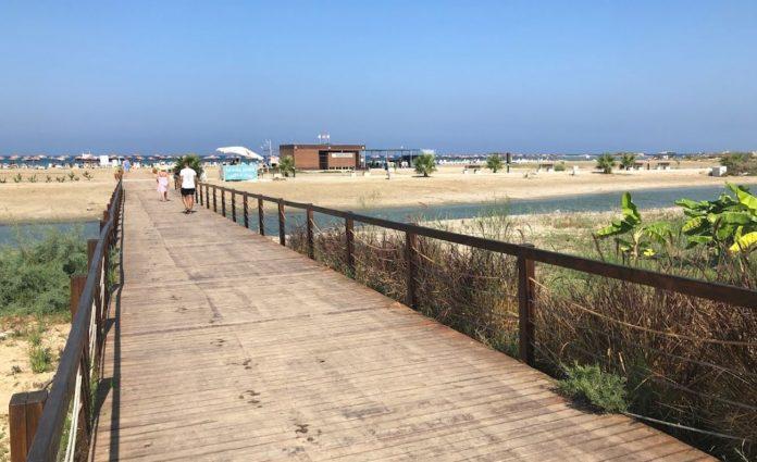 Glapsides Plajı