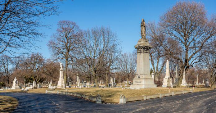 graceland mezarlığı