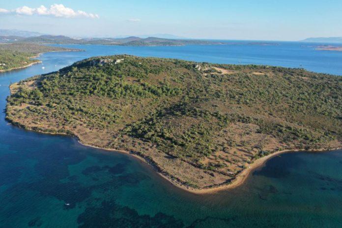Pınar Adası